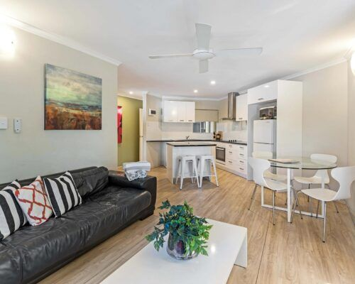 port-douglas-accommodation-2bed-26