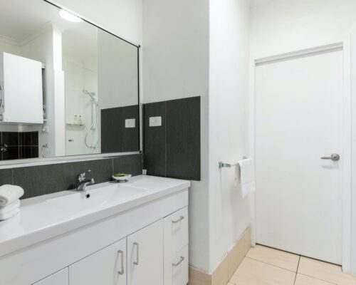 port-douglas-one-bedroom-apartment-2